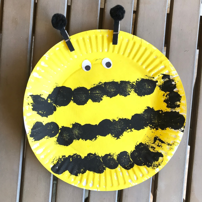 Little School of Smith's- paper plate bugs- bumble bee